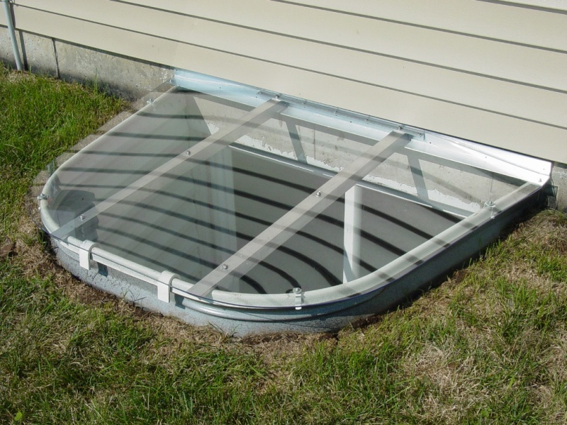 Polycarbonate Window Well Covers Crystal Clear
